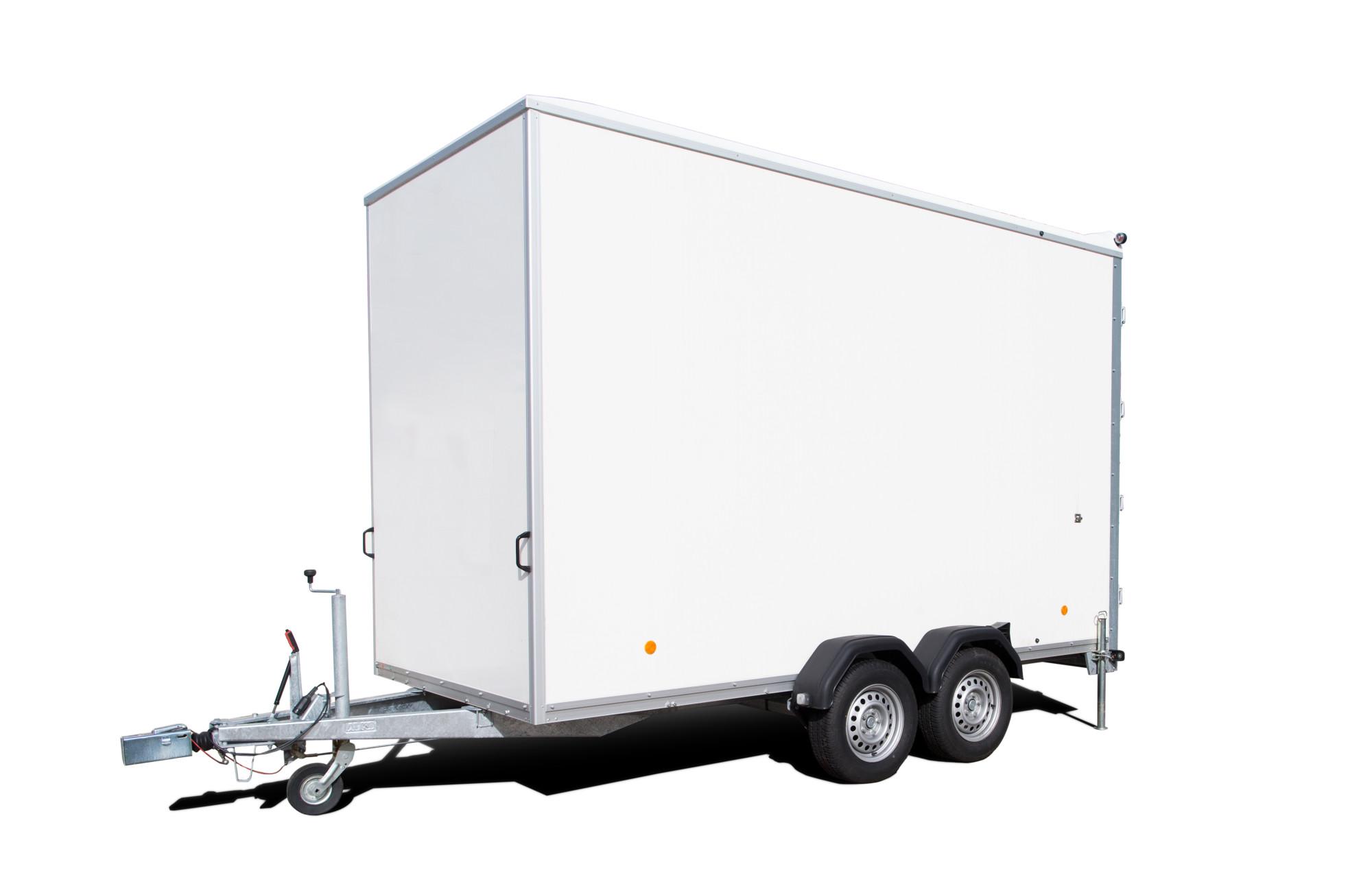white tow trailer