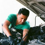 5 Factors to Consider When Choosing Auto Mechanics