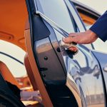 Top 7 Reasons to Hire an Airport Chauffeur