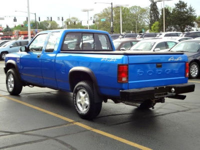 A C Bedf on 1993 Dodge Dakota Blue