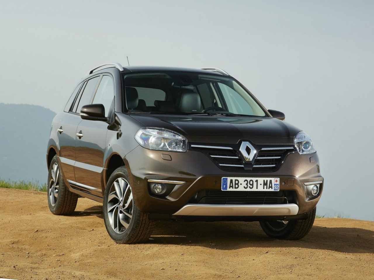 renault koleos 2014 reviews renault koleos 2014 car reviews. Black Bedroom Furniture Sets. Home Design Ideas