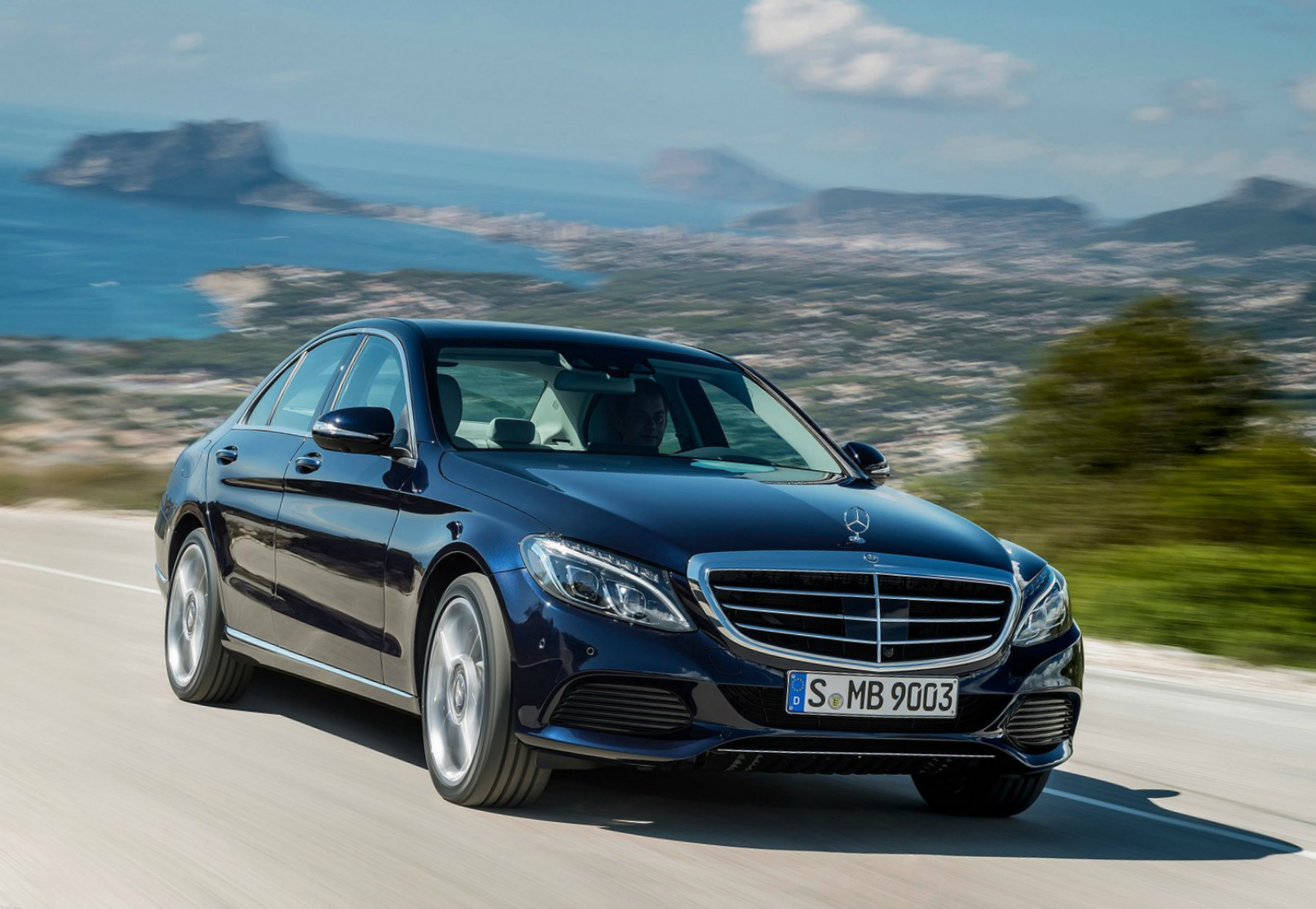 Mercedes benz c class 2015 reviews mercedes benz c class for Mercedes benz class 2015