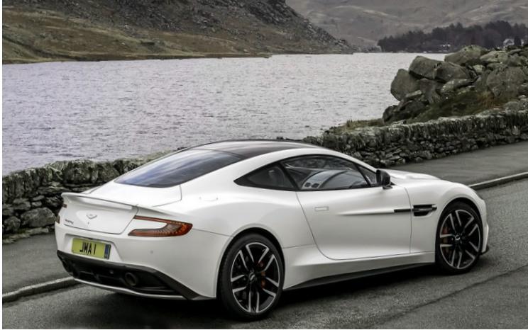 2015 Aston Martin Vanquish Carbon White