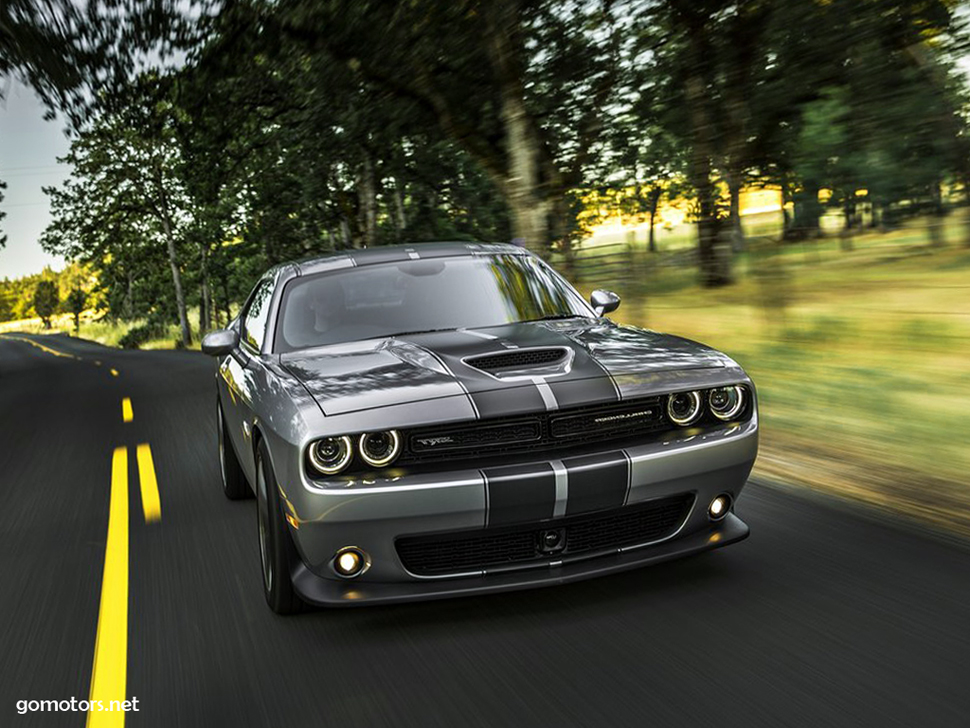 Dodge challenger srt reviews