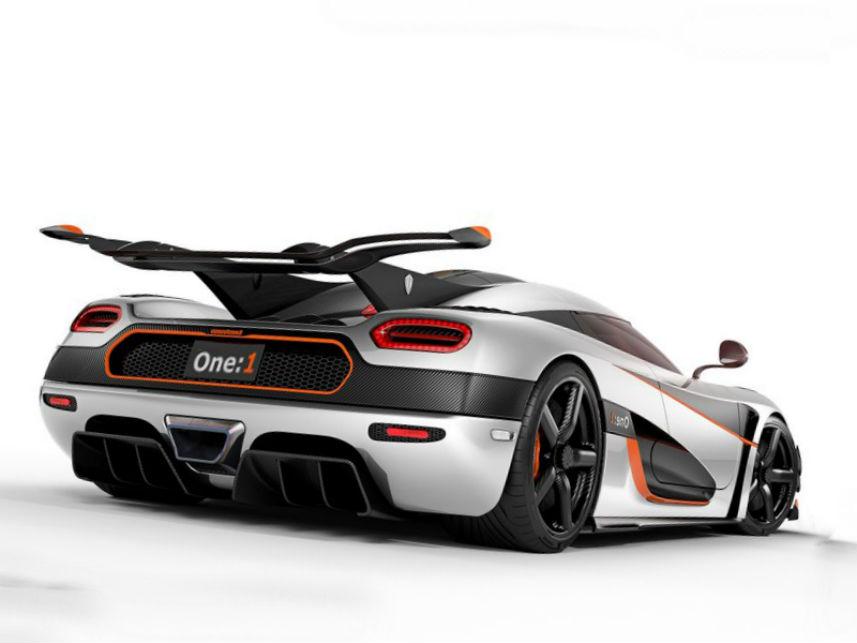 2014 Koenigsegg One 1 Review