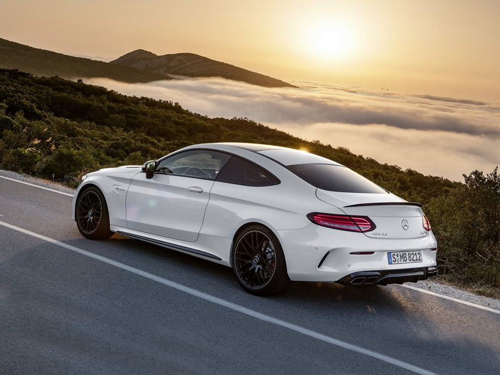 Mercedes c63 amg coupe specs for Mercedes benz amg hatchback price