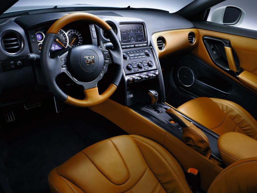 Nissan GTR 2015