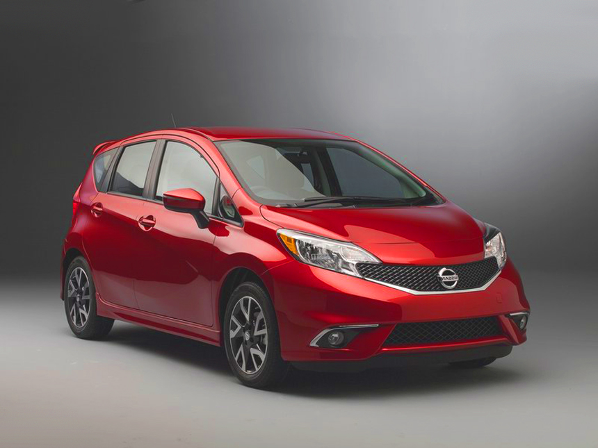 2015 nissan versa note sr review. Black Bedroom Furniture Sets. Home Design Ideas