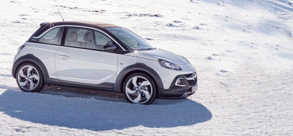 2015 Opel Adam Rocks
