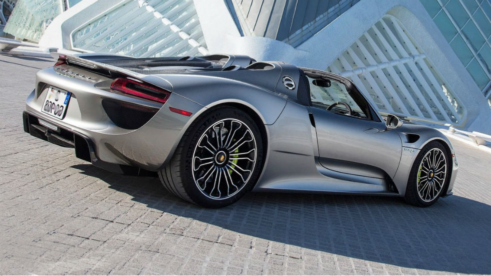 2015 porsche 918 spyder review. Black Bedroom Furniture Sets. Home Design Ideas