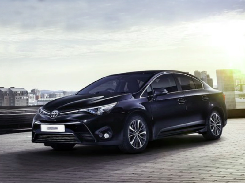 2016 Toyota Avensis Reviews