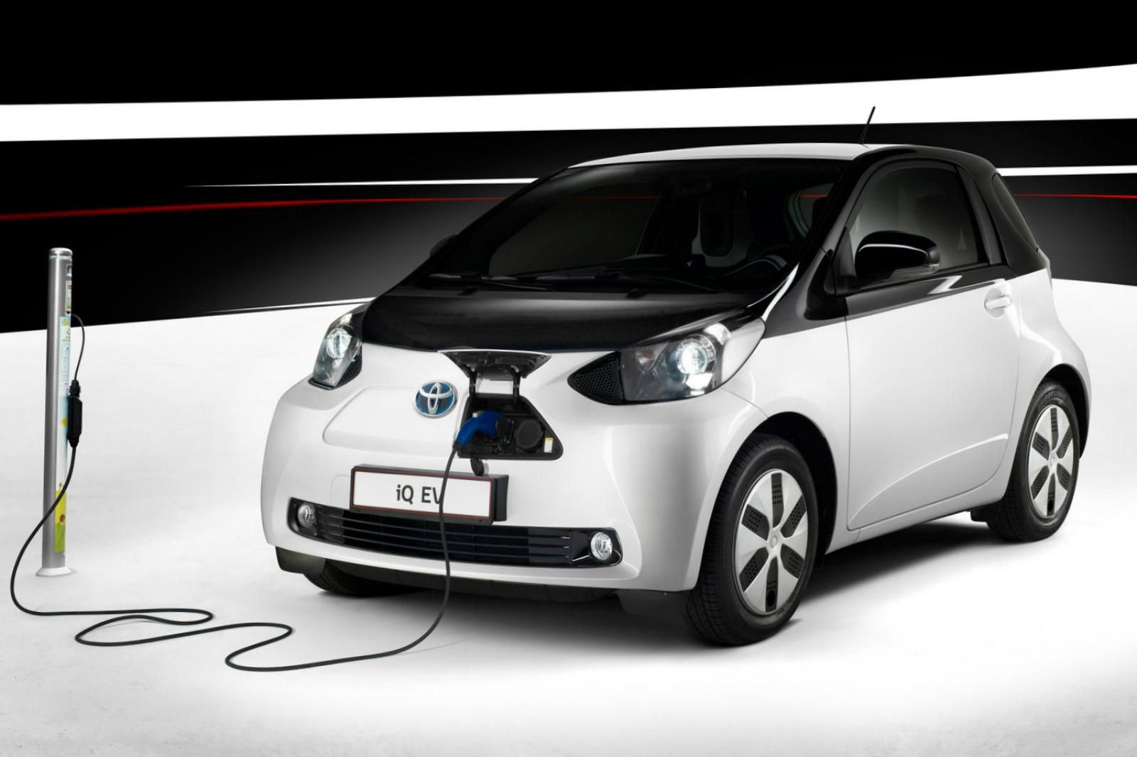 2013 Toyota iQ EV