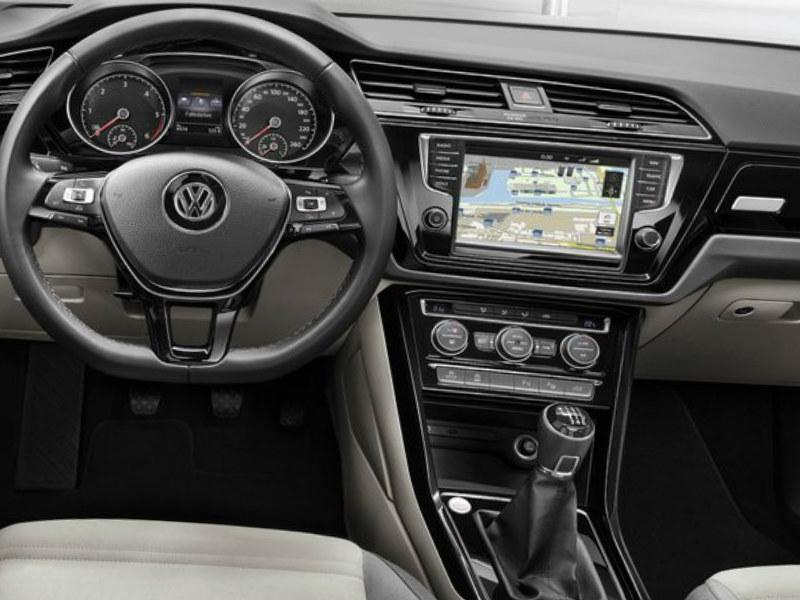 2016 Volkswagen Touran