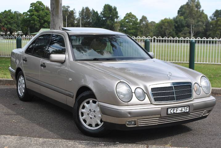 Mercedes benz e230 elegance picture 15 reviews news for Mercedes benz sydney service