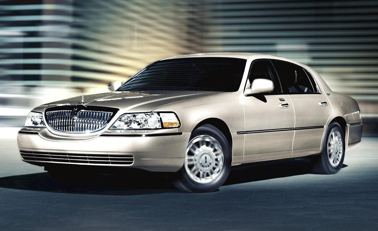 lincoln town car signature picture   14   reviews  news  specs  buy car