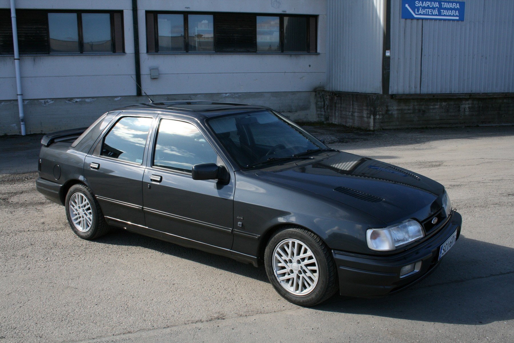 ford sierra sapphire cosworth 4x4 photos reviews news specs buy car. Black Bedroom Furniture Sets. Home Design Ideas