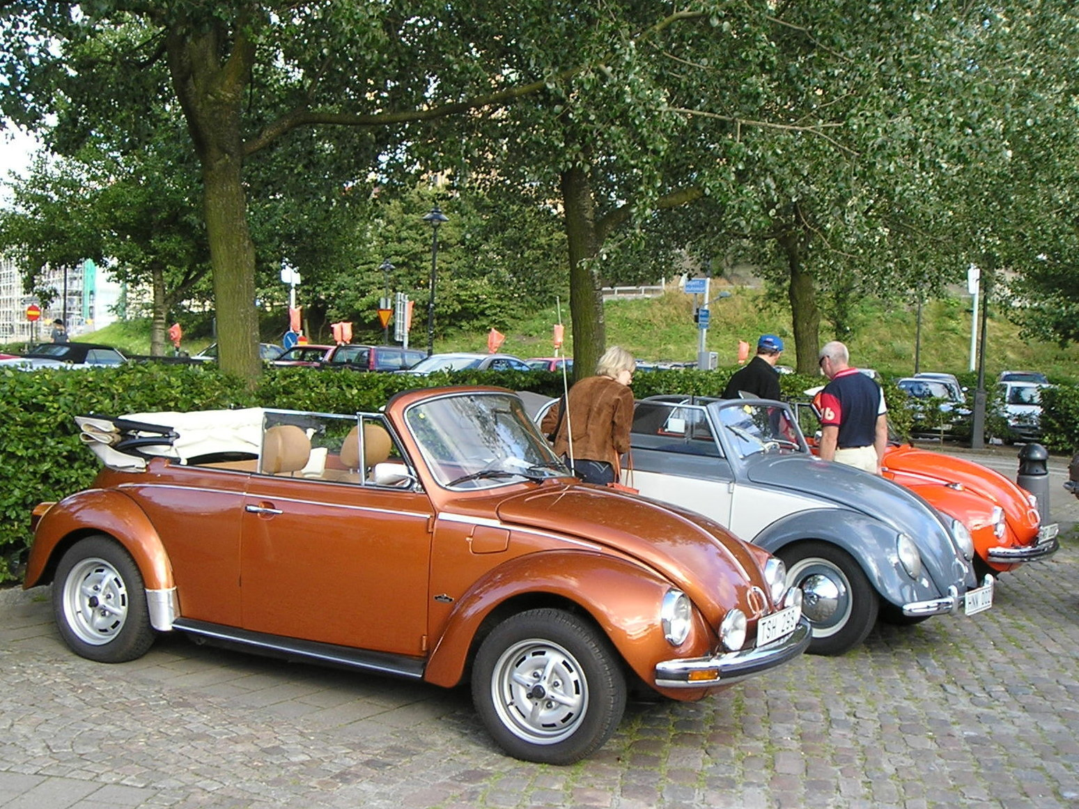 volkswagen beetle 1303 cabrio picture 9 reviews news. Black Bedroom Furniture Sets. Home Design Ideas