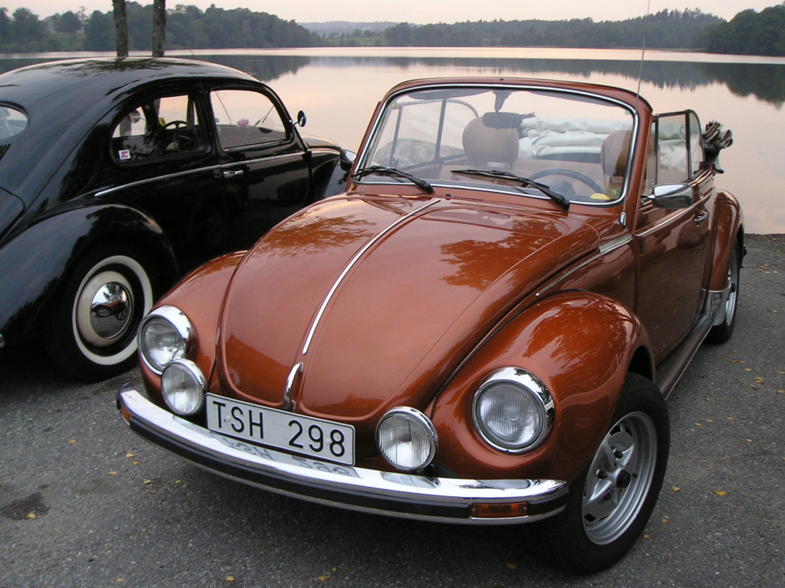 volkswagen beetle 1303 cabrio photos reviews news. Black Bedroom Furniture Sets. Home Design Ideas