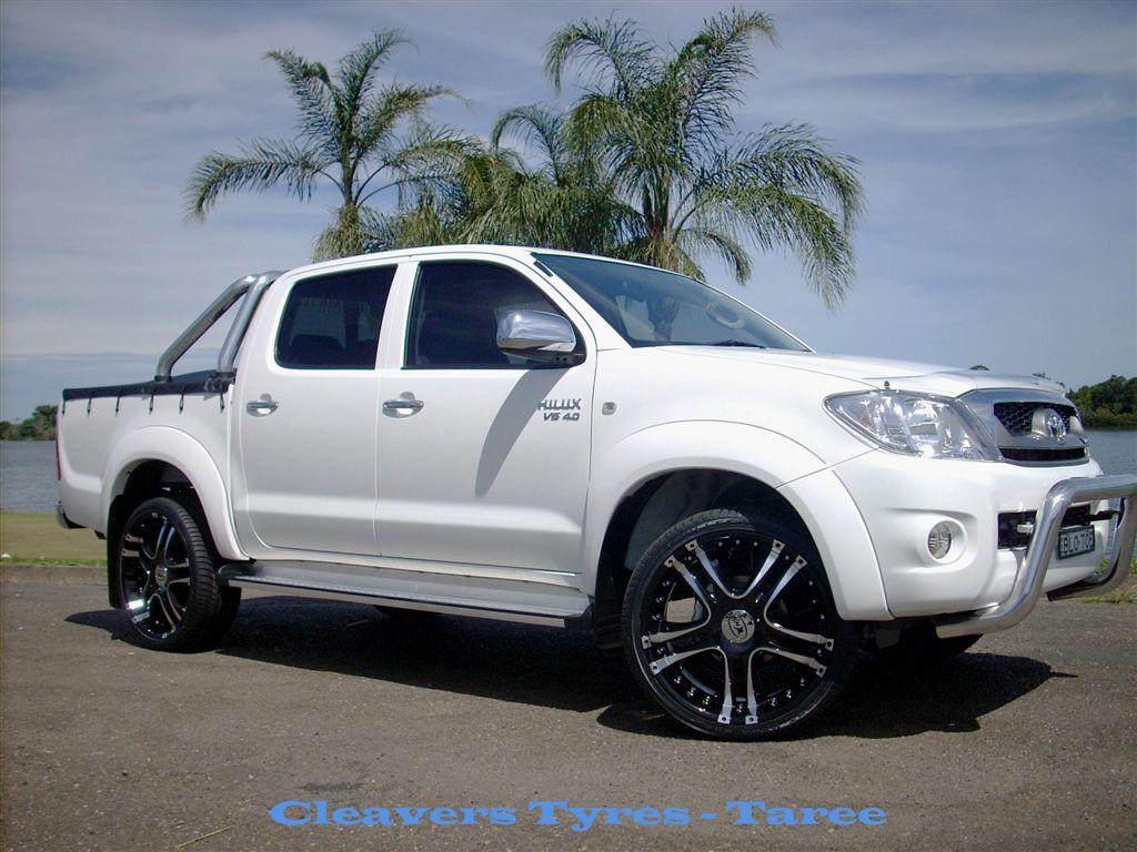 Toyota hilux sr5 picture 12 reviews news specs buy car