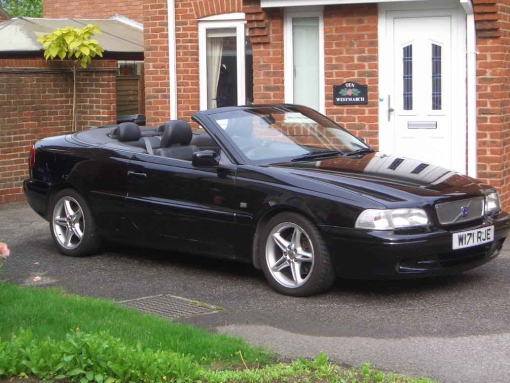 volvo c70 t5 convertible photos reviews news specs buy car. Black Bedroom Furniture Sets. Home Design Ideas