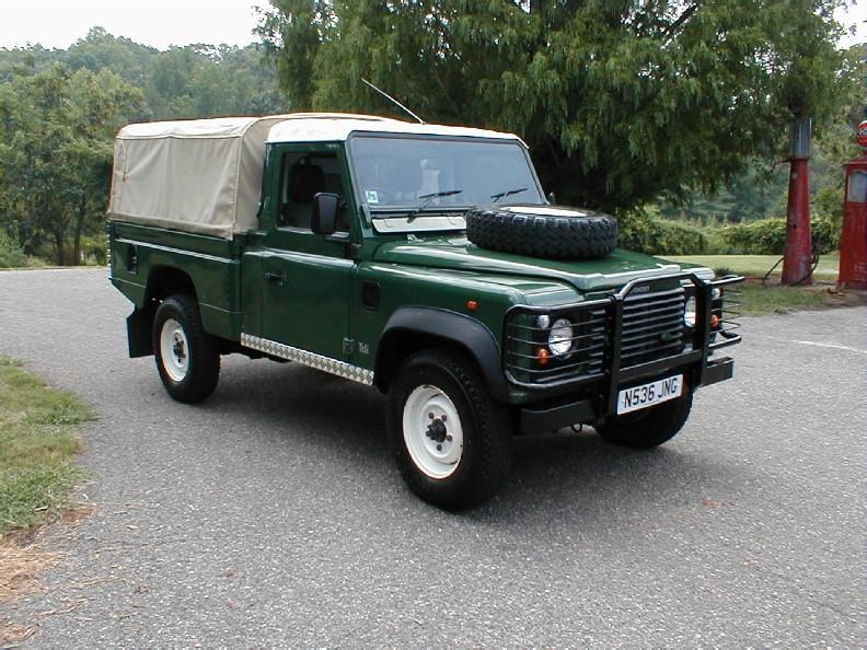 land rover defender 110 pick up picture 8 reviews news specs buy car. Black Bedroom Furniture Sets. Home Design Ideas