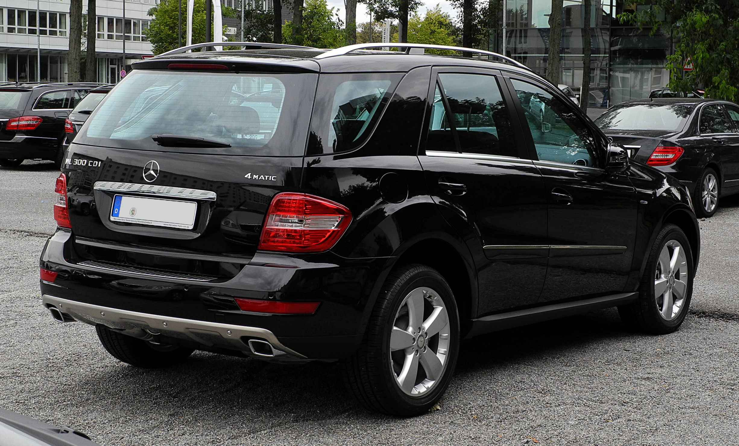 Mercedes Benz Ml 300 Cdi 4matic Blueefficiency Picture 6
