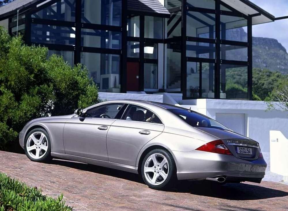 Mercedes benz cls 500 photos reviews news specs buy car for Cls home