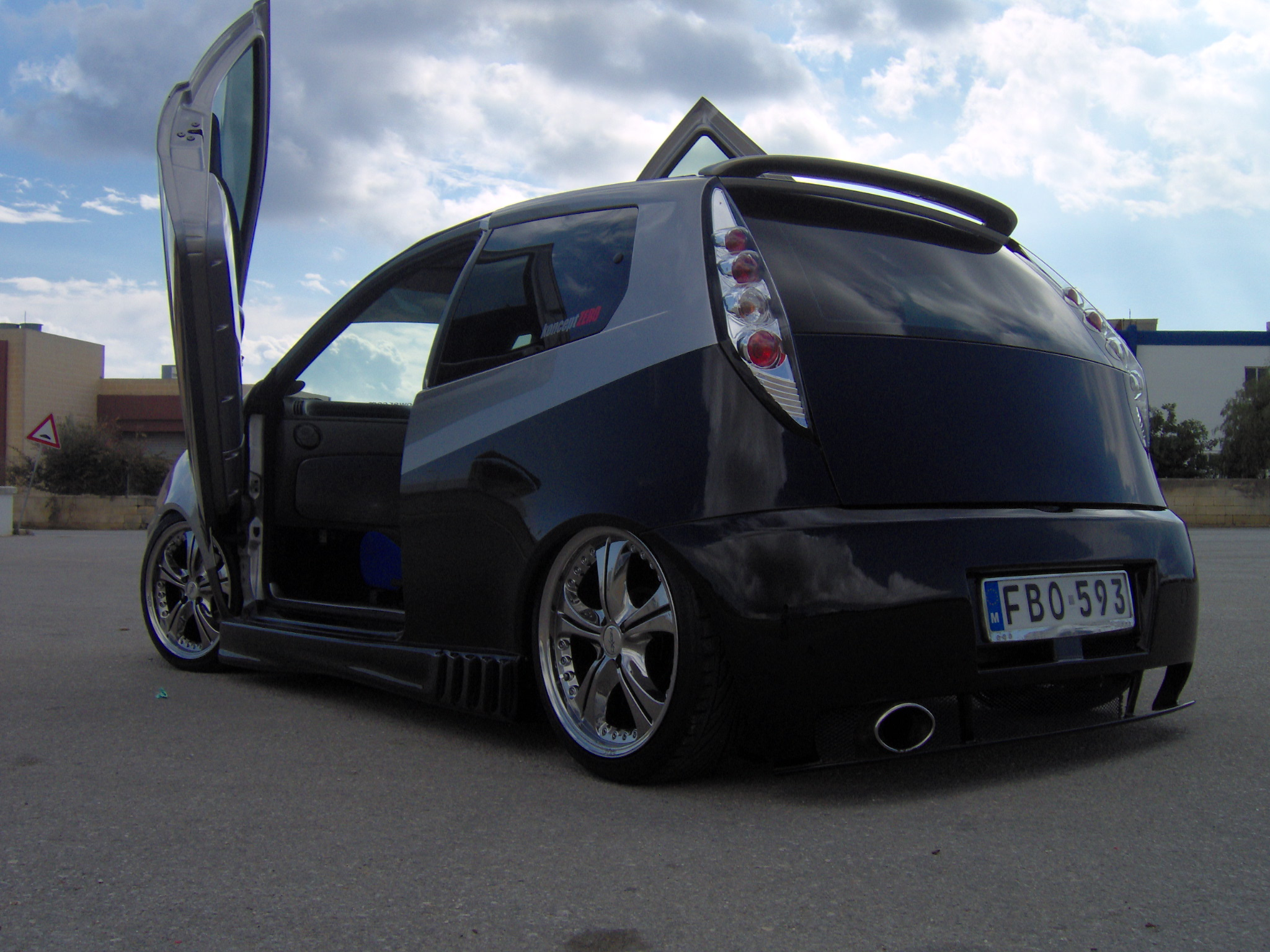 fiat punto mk2 picture 1 reviews news specs buy car. Black Bedroom Furniture Sets. Home Design Ideas