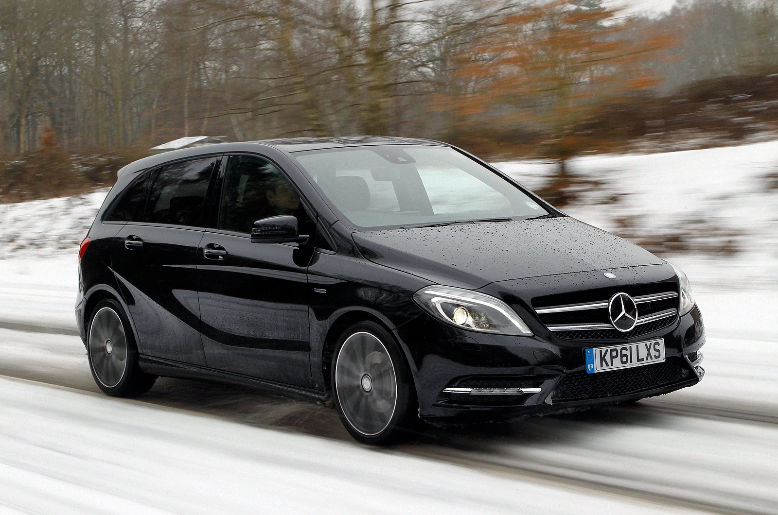 Mercedes benz b class picture 7 reviews news specs for Mercedes benz b class specifications