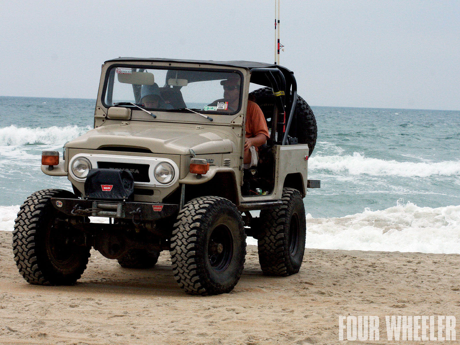 Toyota Fj40 Photos Reviews News Specs Buy Car
