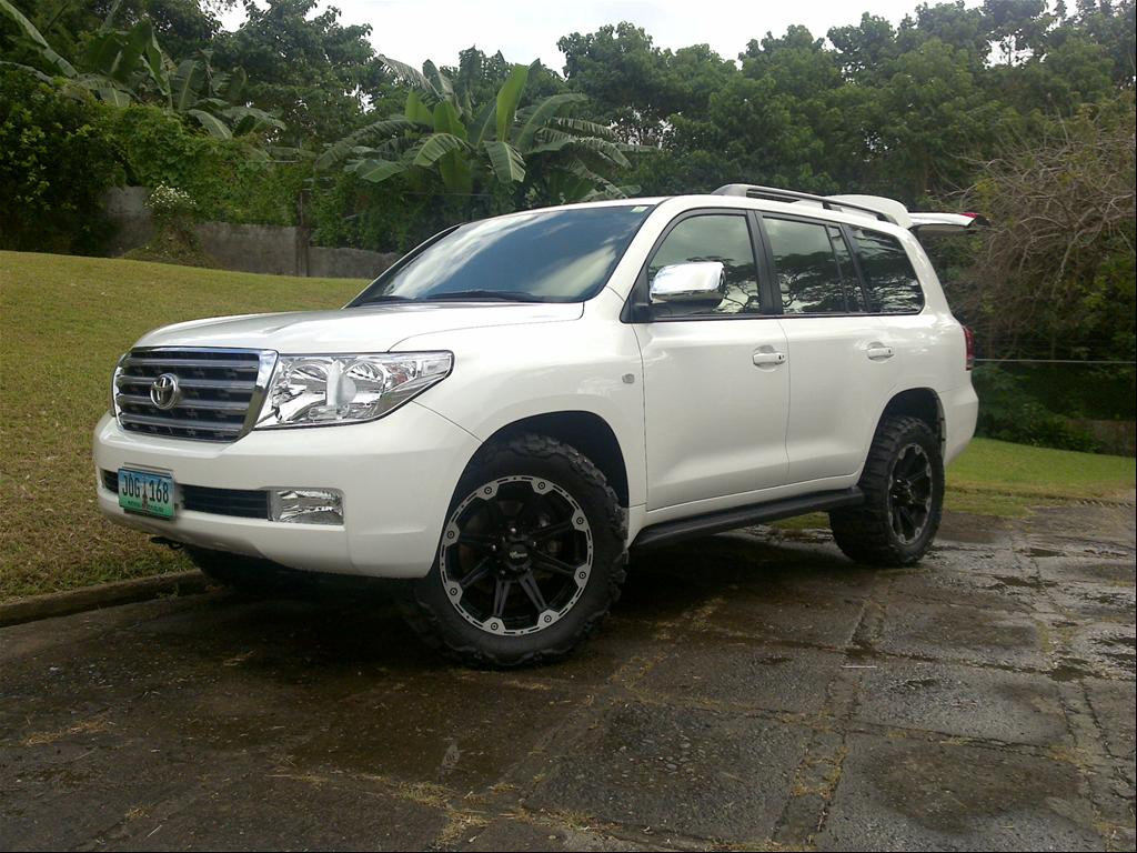 toyota land cruiser vx v8 photos reviews news specs. Black Bedroom Furniture Sets. Home Design Ideas