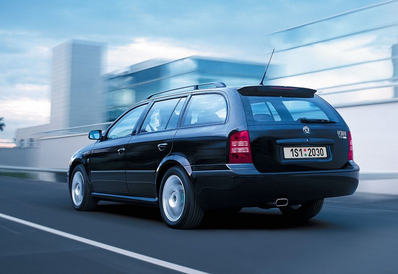 skoda octavia sport picture 3 reviews news specs. Black Bedroom Furniture Sets. Home Design Ideas