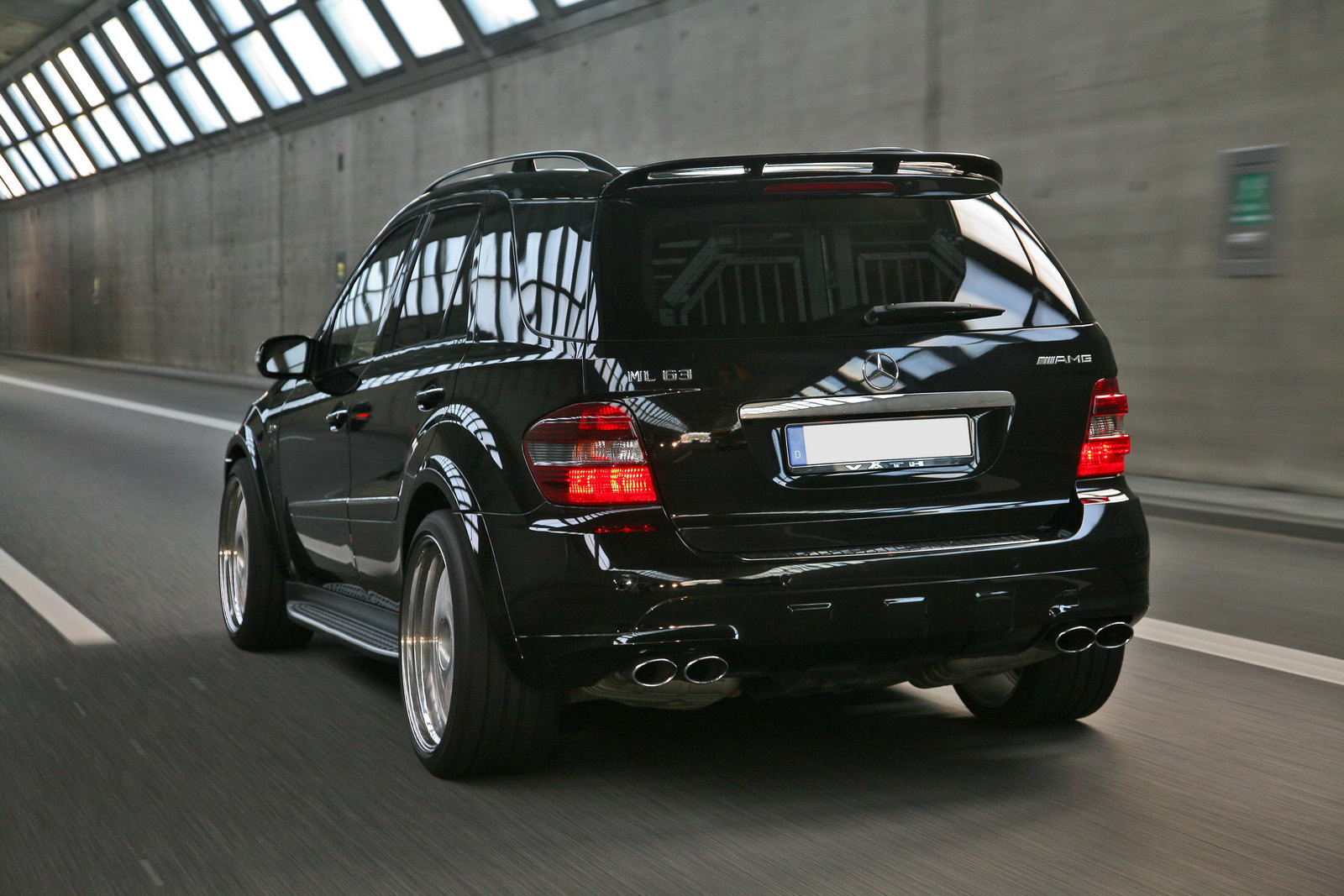 Mercedes Benz Ml 63amg Photos Reviews News Specs Buy Car