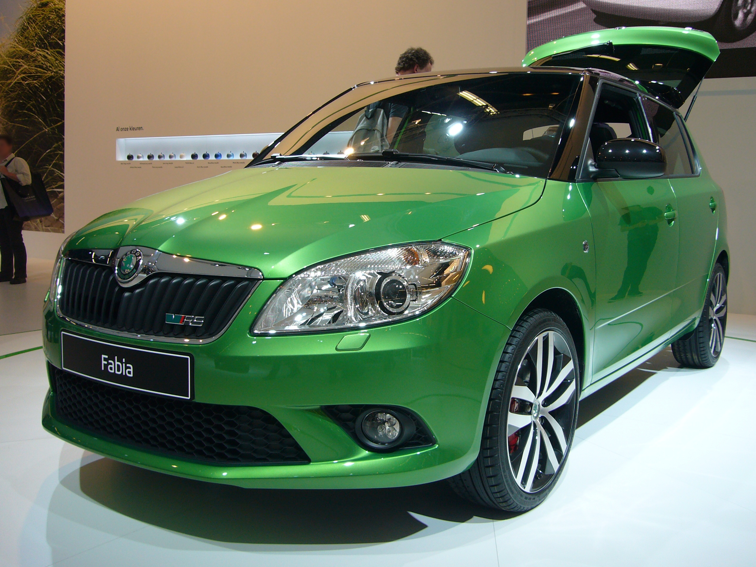 skoda fabia rs picture 12 reviews news specs buy car. Black Bedroom Furniture Sets. Home Design Ideas
