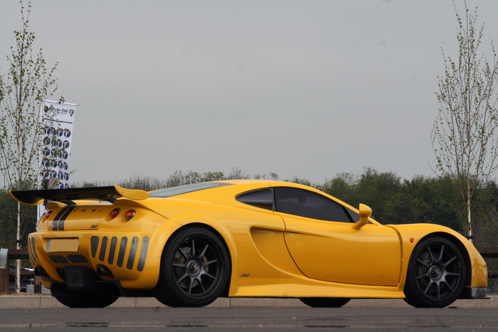 Ascari A10 Photos Reviews News Specs Buy Car