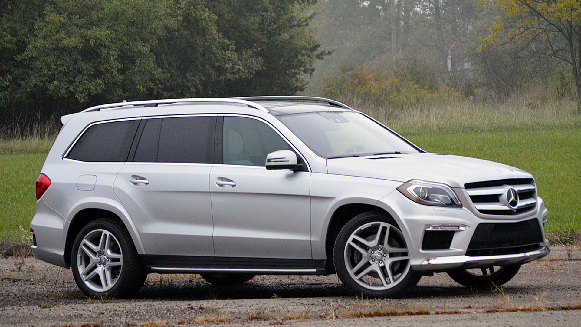mercedes benz gl550 photos reviews news specs buy car
