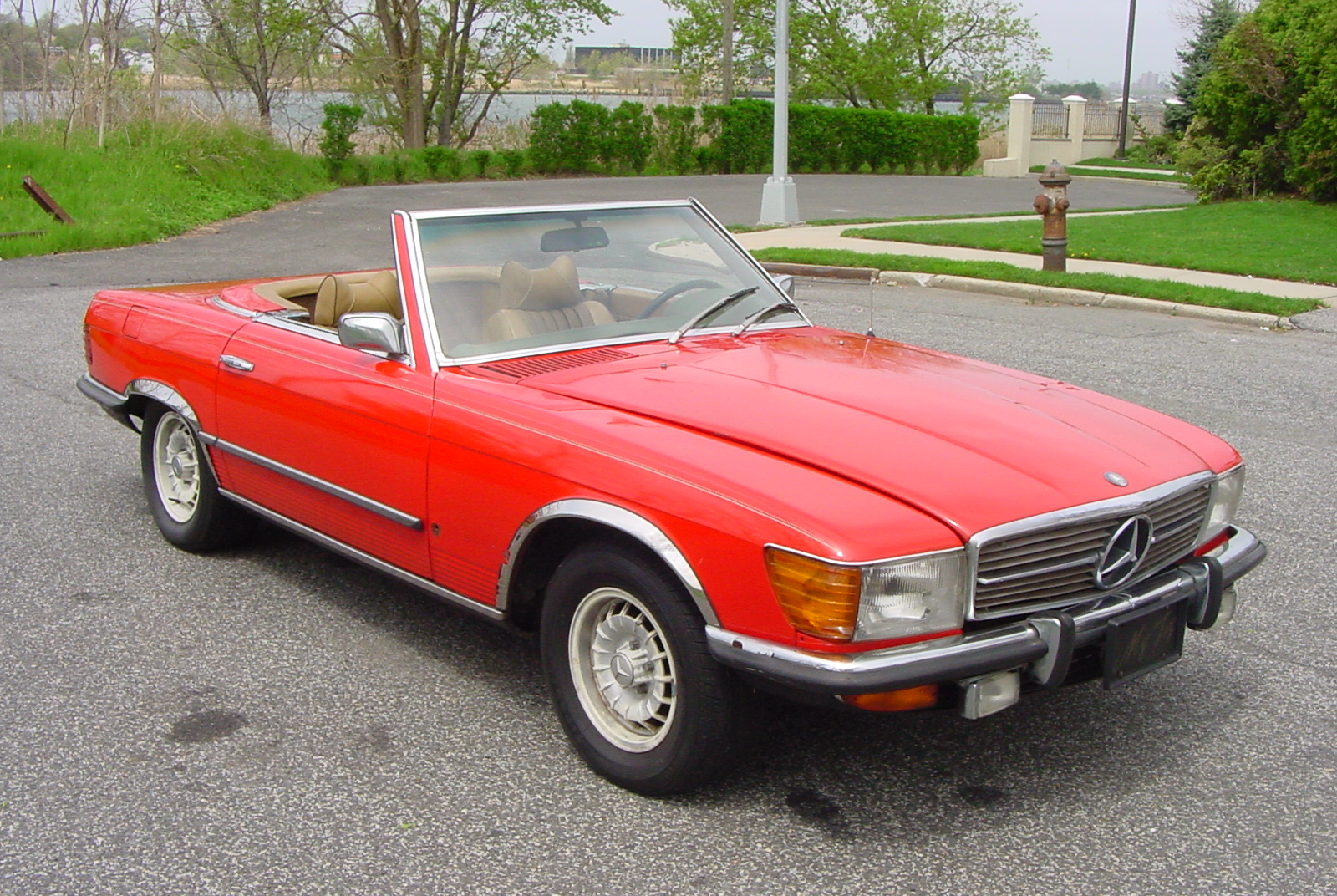 Mercedes benz 350sl photos reviews news specs buy car for Mercedes benz specs