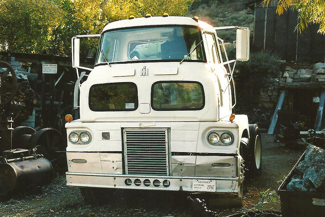 Antique International Cabover : Ihc coe trucks pictures to pin on pinterest daddy