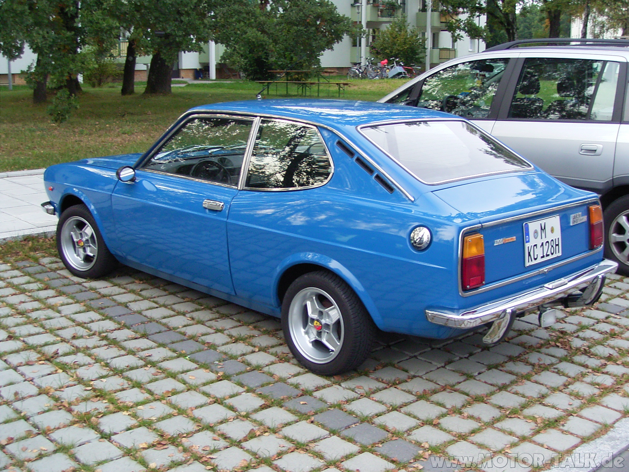 fiat 128 sport coupe photos reviews news specs buy car. Black Bedroom Furniture Sets. Home Design Ideas