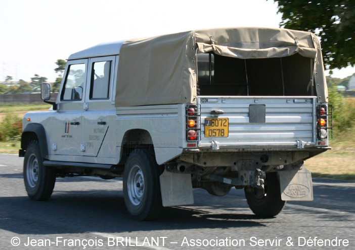 Land Rover Defender 130 pick-up:picture # 8 , reviews, news, specs