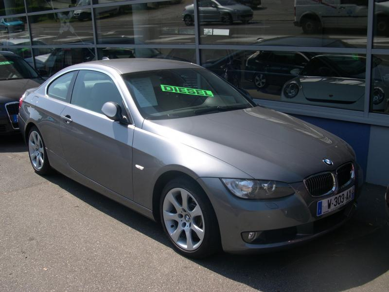 bmw 330 xd coupe picture 12 reviews news specs buy car. Black Bedroom Furniture Sets. Home Design Ideas