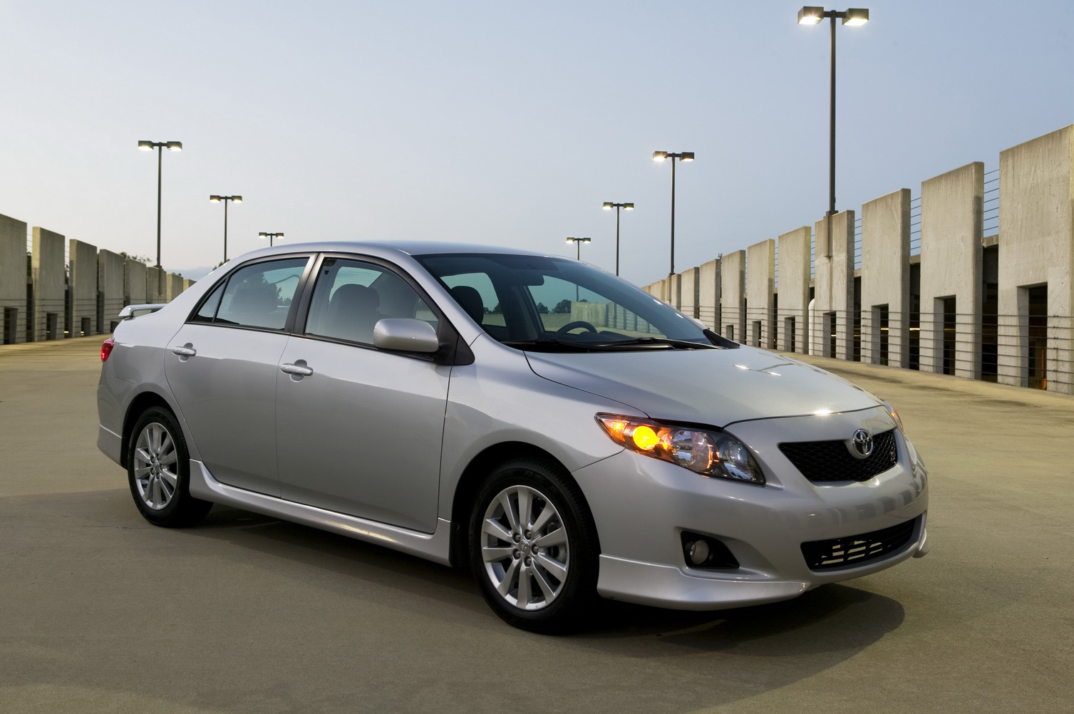 Toyota Corolla Altis Picture 6 Reviews News Specs