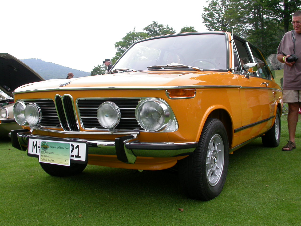 bmw 2002 tii touring photos reviews news specs buy car. Black Bedroom Furniture Sets. Home Design Ideas