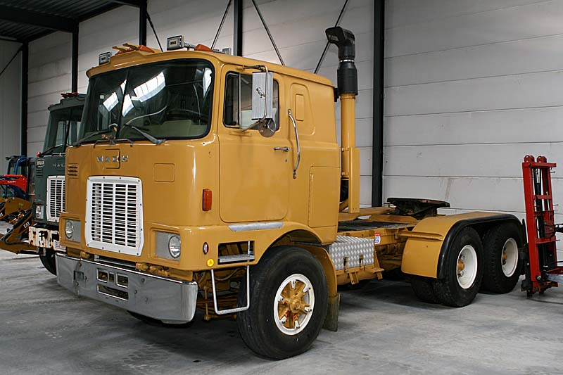 Mack F700 Picture 15 Reviews News Specs Buy Car