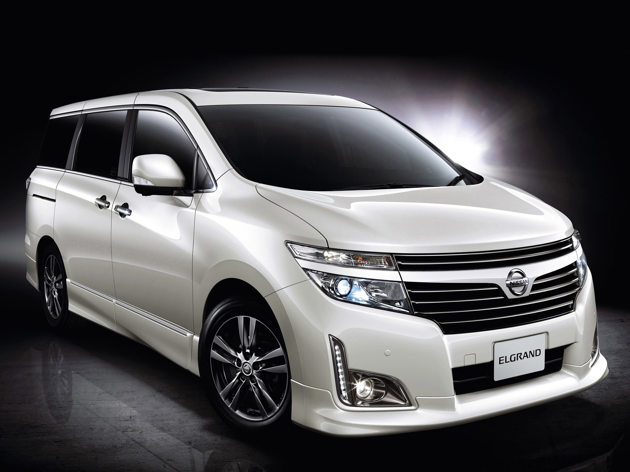 Nissan Elgrand Highway Star:picture # 2 , reviews, news ...