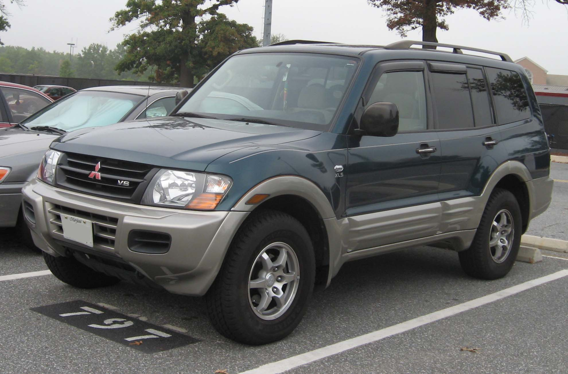 Mitsubishi Montero Limited:picture # 6 , reviews, news ...