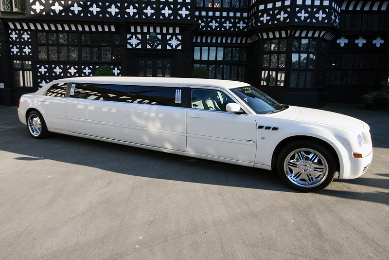 Chrysler 300c Limousine Picture 14 Reviews News