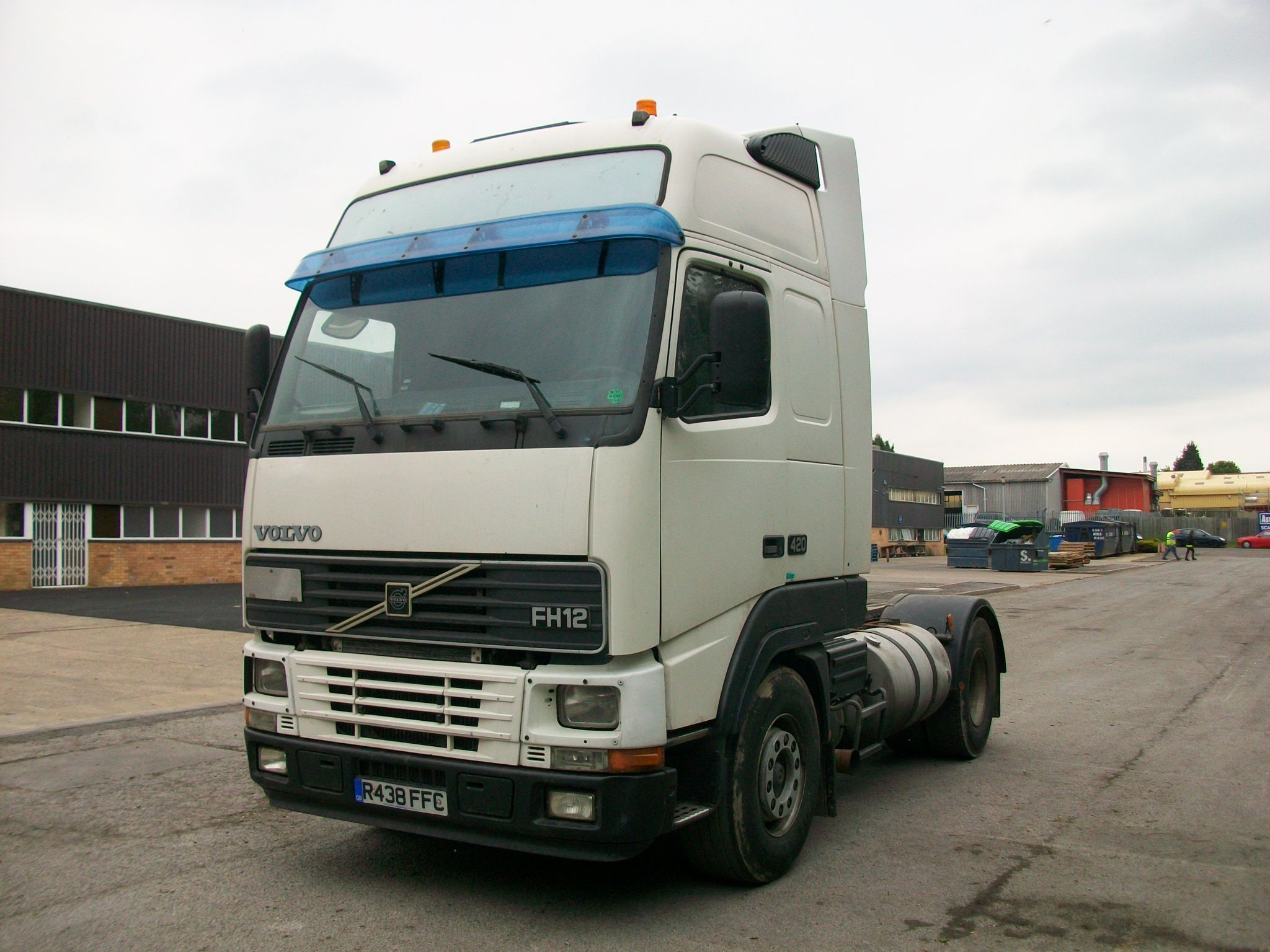 Volvo Fh12 420 Picture 5 Reviews News Specs Buy Car