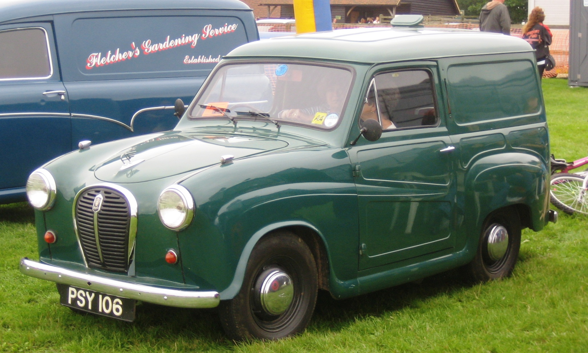 austin a35 van photos reviews news specs buy car. Black Bedroom Furniture Sets. Home Design Ideas