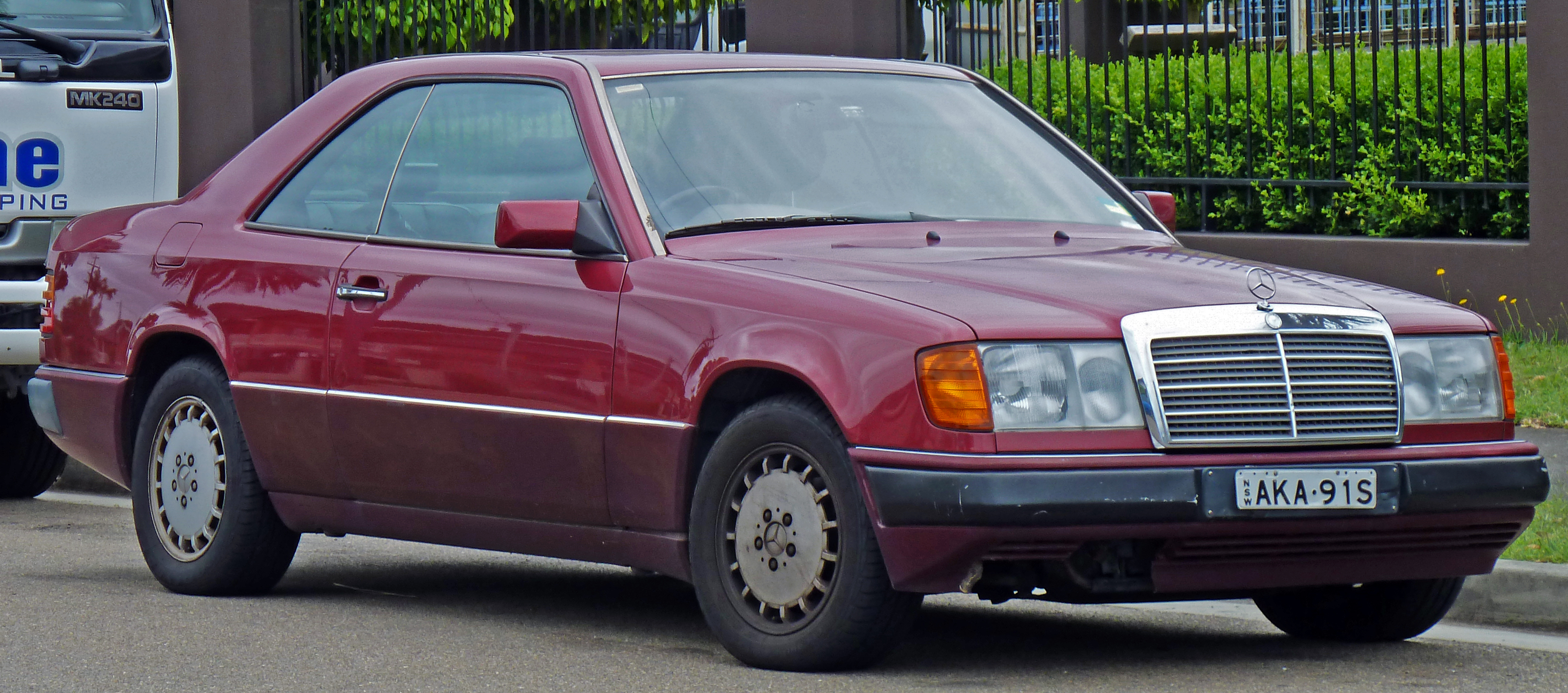 Mercedes benz 300 ce 24 picture 15 reviews news for Mercedes benz 1990 e300